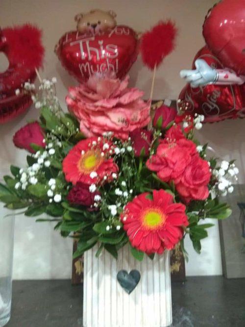 άγιος βαλεντίνος-πατερακης-αποστολη λουλουδιών3